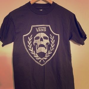 Vans skull t shirt. Sz S. Leaves. Great condition